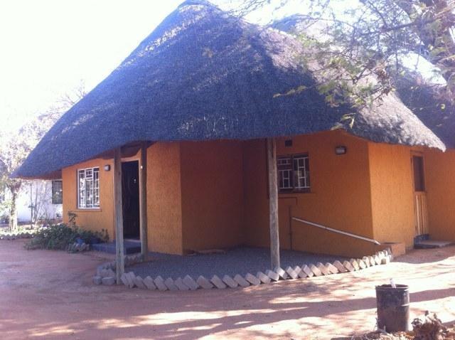 4 bedroom house for sale in mogoditshane block 5 apex for Apex block homes